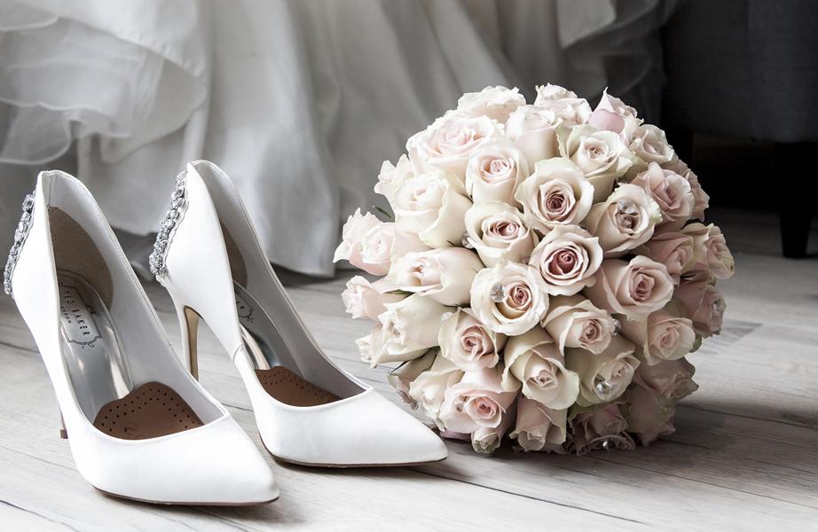 dusty pink wedding